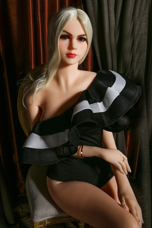 Top Young Sexy Blonde Sex Doll Cassandra 165cm